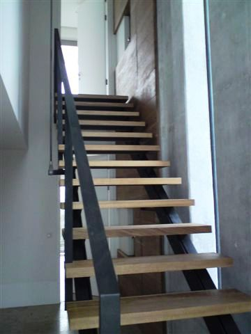 Staircase Regulations Uk >> Open & Closed Tread Stairs | RJ Parry